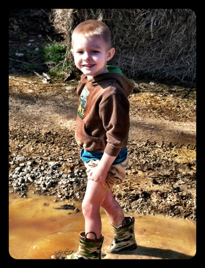 Smile.  The camera and mud loves you!